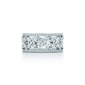 Tiffany & Co. - Tiffany Victoria®:Mixed Cluster Band Ring