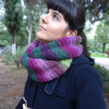 Hand knit infinity scarf,chunky knit wool cowl,multicolor knit scarf neckwarmer,womens winter knit scarf,purple green knit scarf,winter cowl
