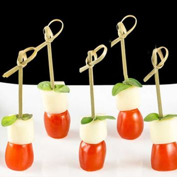 Behokic 100 Pcs 12cm Disposable Bamboo Fork Twisted Party Buffet Fruit Desserts Food Cocktail Sandwich Fork Stick Pick Skewer