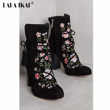 LALA IKAI Fringe Cross-tied Floral Ankle Boots For Women Retro Embroider Women's Winter Shoes 040N1329-4