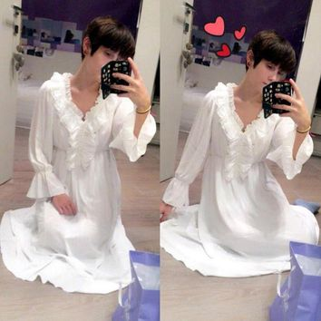 LMFET7 2017 2017 Princess Nightgown Women's Winter Long Robe white Vintage Chiffon Princess Nightgown Sleepwear pijama B3892