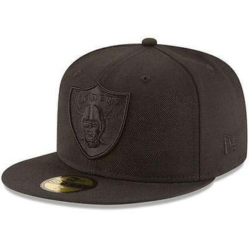 Oakland Raiders New Era 59FIFTY Black On Black Fitted Cap 5950 Hat Blackout