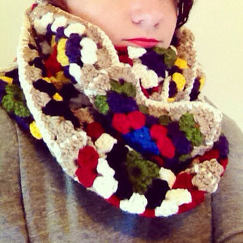 Crochet Infinity Scarf Granny Square scarf Thick Scarf Chunky Scarf Colorful Scarf Winter Scarf Women's Scarf