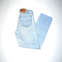 lightest wash vintage levis 90s grunge pale denim levis mom jeans