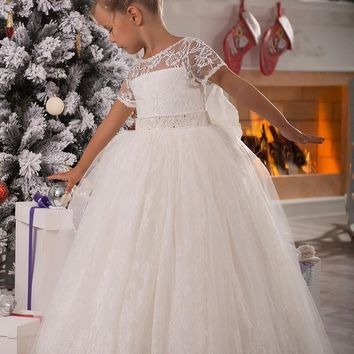 White Lace Ball Gown Flower Girls Dresses For Weddings Lovely Bow Pageant Dress for Girls Short Sleeves Holy Communion Dress
