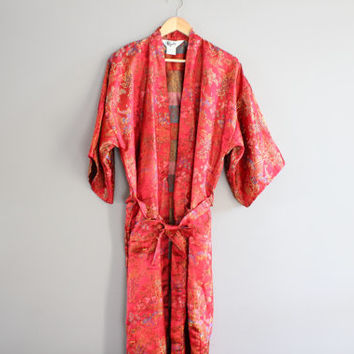 Red Kimono Robe Embroidered Duster Jacket Asian Print Cheongsam Robe Night Gown Vintage 70s Size OS #A105A