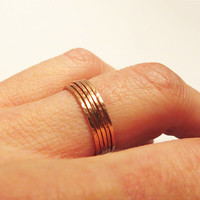 Set of 5 Super Thin Copper Stackable Rings -  Hammered Copper Ring  - Trendy Everyday Jewelry -Simple Handmade Jewelry