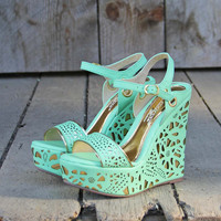 Dream Catcher Wedges in Mint
