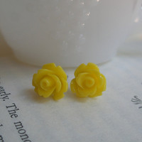 Spring yellow rose earrings- Rose earrings- Yellow roses- Yellow earrings- Sunshine- Fashion- Lemon - Feminine