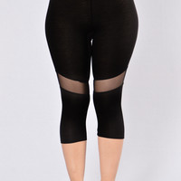 Lethal Weapon Crop Legging - Black