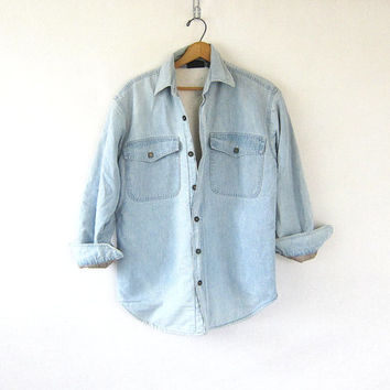Vintage oversized insulated sherpa lined denim shirt coat. washed out faded work shirt. light wash jean jacket shirt. mens Small