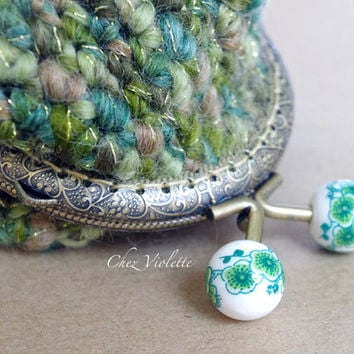 Crochet coin purse, wool coin purse, green coin purse, cozy coin purse, handmade coin purse