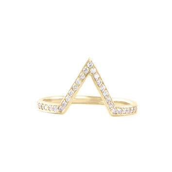 Yellow Gold Deep Pointed Arch Ring With Diamonds