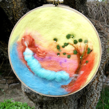Felt Painting Felt Art Nature Felted Wool Handmade Felt Needle Mermaid doll with Round Wooden Frame Decorative Wall Decor Hanger Hanging