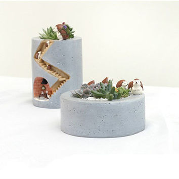 Ceramic hedgehog succulent planter