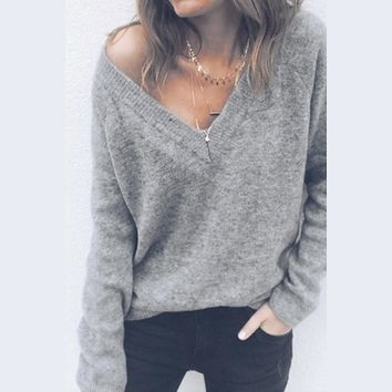 2018 Knitted Sweater Women V Neck Fashion Long Sleeve Pullover Sweater Sexy Female Backless Autumn Daily Pullover Casual Sweater