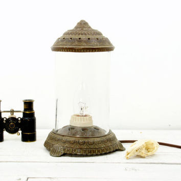 Antique Brass and Heavy Glass Lamp - Hurricane Motion