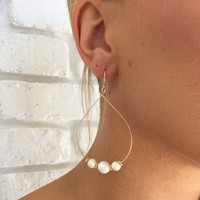 Under The Moonlight Pearl Earrings