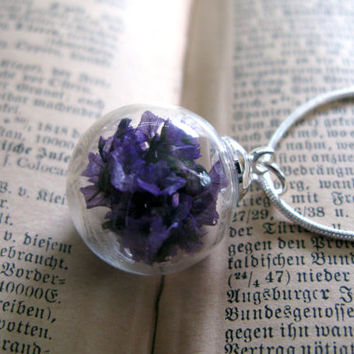 Purple Caspia Flowers Glass Globe Pendant Necklace - Real dried flowers in glass orb, Pressed Flower Jewelry - Botanical Pendant - Limonium