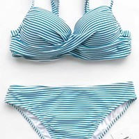 Cupshe Hawaii Sunrise Cross Bikini Set