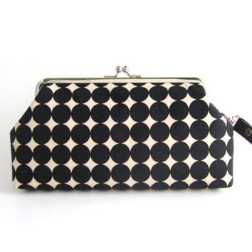Frame Wristlet Clutch purse - Black Dots