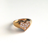 Glam Vintage Heart Ring with Rhinestones