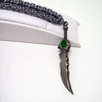 League of Legends, mens necklace, video game, sword, sword necklace, geek, geeky, Tryndamere, Barbarian King