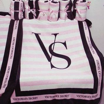 DCCKB62  Pink ' Victoria Secret VS Printed Comfortable Soft Fleece Warm Travel Blanket Sofa Cover