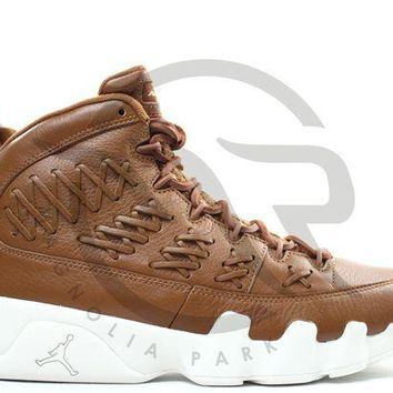 VONE7Y2 AIR JORDAN RETRO 9 PINNACLE PACK - BASEBALL GLOVE (BROWN)