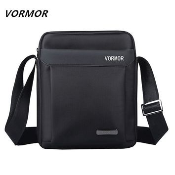 VORMOR Men bag 2017 fashion mens shoulder bags, high quality oxford casual messenger bag business men's travel bags