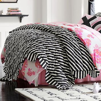 The Emily & Meritt Striped Scallop Quilt + Sham