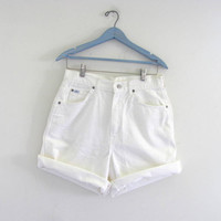 STOREWIDE SALE...vintage white Levis shorts. roll up denim shorts. size 14