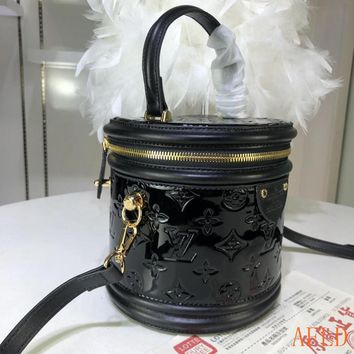 HCXX 19Aug 639 Louis Vuitton LV M53998 Cannes Handle Embossing Leather Cylindrical Minaudiere Bag 15-17-15cm