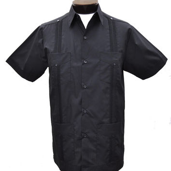 D'Accord Men's Short Sleeve Black Guayabera Shirt
