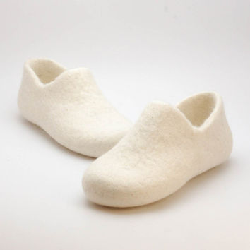 Felted wool clogs just white - organic wool shoes - natural white slippers