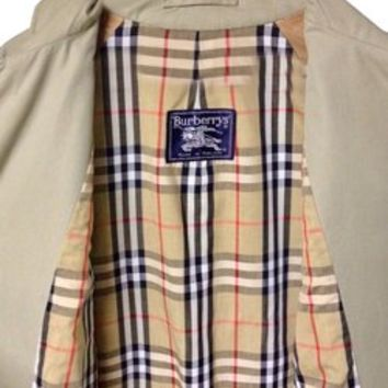 Burberry Vintage Trench Coat. Mens Small/medium Trench Coat 81% off retail