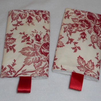 Teething Pads/Dribble/Drool Chew Pad For Baby Carriers/Ergo/Baby Bjorn Red Roses