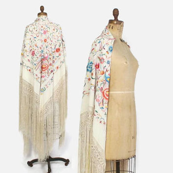 Vintage 20s PIANO SHAWL / 1920s Ivory Embroidered Floral Bird of Paradise Silk Fringe