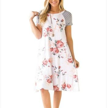 Nitree Women Summer Casual Floral Printed Swing Dress Sundress with Pockets