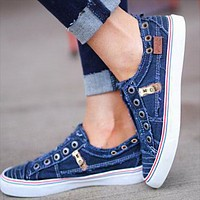 Popular casual zipper canvas shoes fashionable two-color flat shoes Lovers shoes Blue