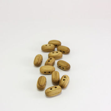 12 Tiny wooden toggles- Oak wood toggles- 16mm (5/8 in)- Natural wood toggles- Handmade toggles