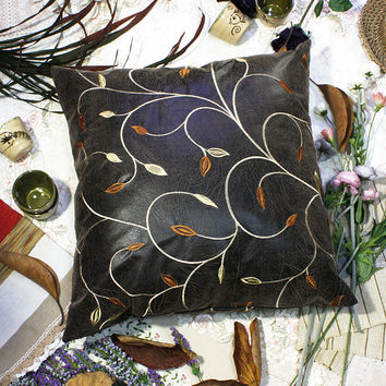 [Chocolate Gold Vine] Decorative Pillow Cushion / Floor Cushion (23.6 by 23.6 inches)