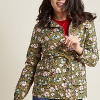Outward Attention Collared Jacket