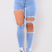 Holy Grail Distressed Jeans - Light