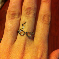 Harry Potter Wire ring, Harry Potter glasses, Glasses and Scar ring