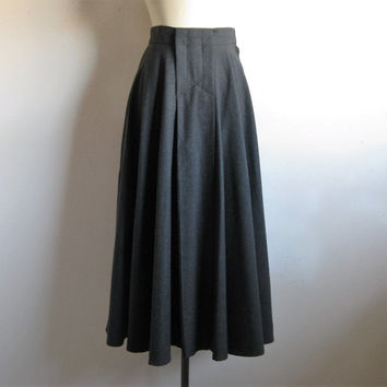 Vintage 1980s A-line Wool Skirt Debbie Shuchat 80s Designer Charcoal Gray Wool Circle Skirt 8