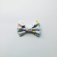 Blue Floral Flower Hairbow, Colorful Flower Bow, large hairbow, big hairbow, big sockbun bow
