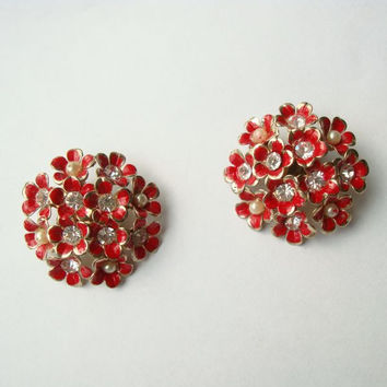 Flamboyant Red Flower Clip On Earrings Rhinestones Pearls Vintage Fl Jewelry
