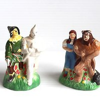 WIZARD OF OZ SALT AND PEPPER SHAKER Ceramic Collectible Housewares gift