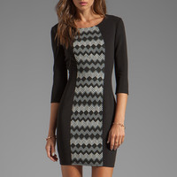 Plenty by Tracy Reese Zig Zag Jacquard Sexy Shift Dress in Black/Eggnog